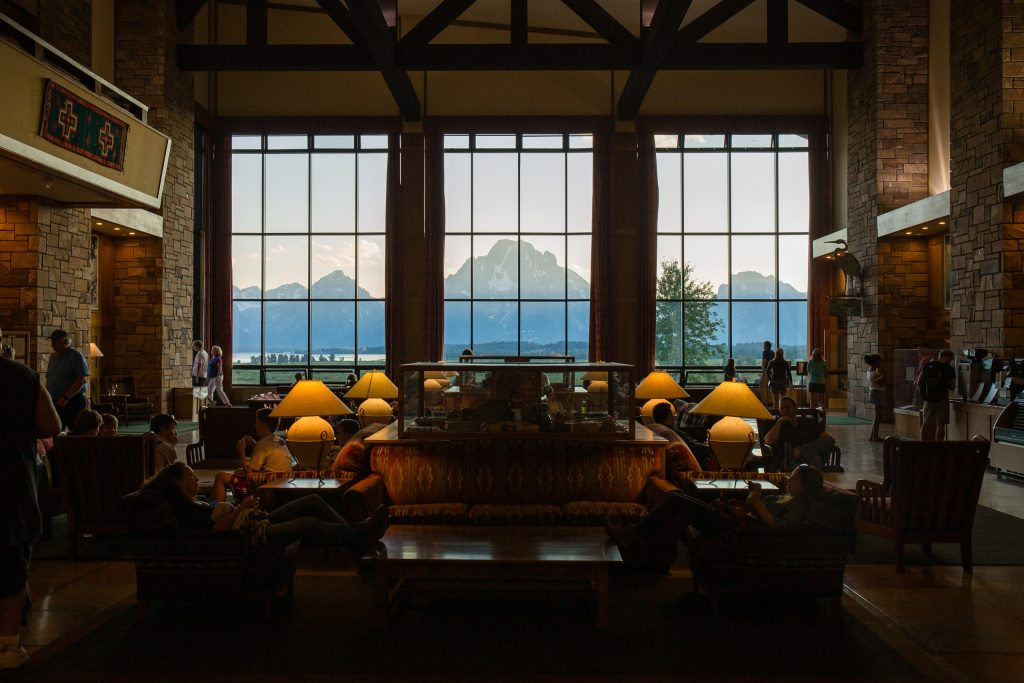 Lobby van Jackson Lake Lodge in Grand Teton National Park